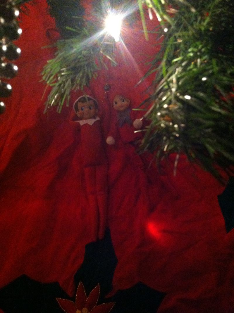 Kate Eschbach Photography - Elf on the Shelf-7